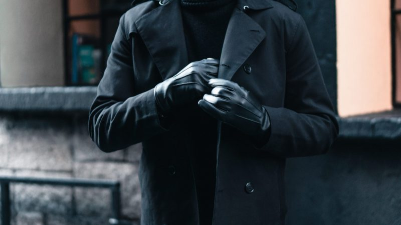 4 Essential Accessories for Fall Every Guy Should Have